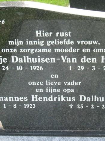 Rikje van den Van Den Hazel
